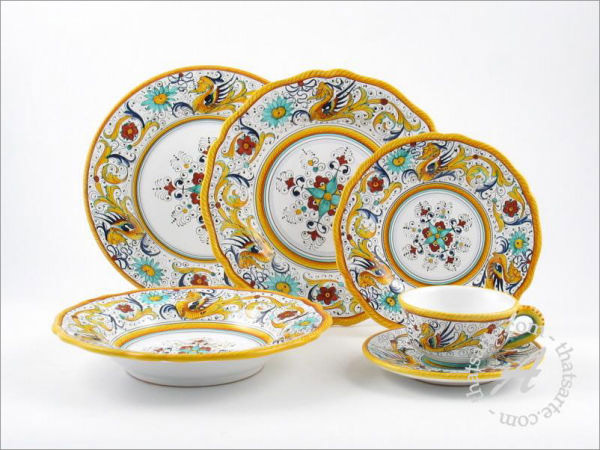 Italian dinnerware set - Raffaellesco by Fima (Deruta)