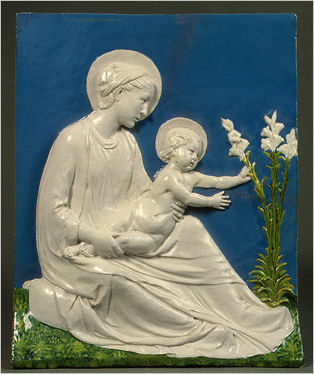 Italian Ceramics - Madonna and Child by Luca della Robbia (c. 1475), Widener Collection - Photo credits: National Gallery of Art - USA